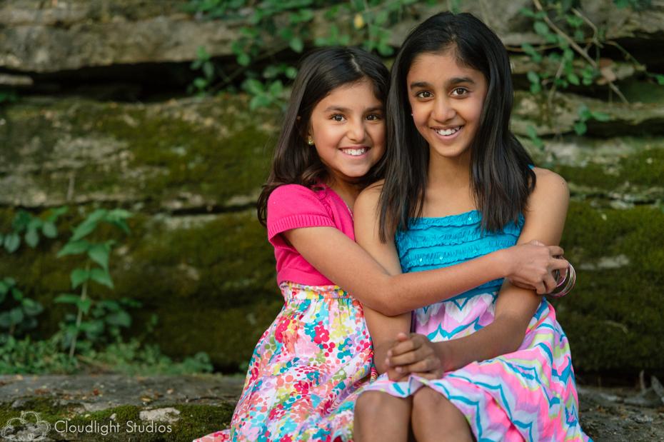 Cute Sister Portraits in Nashville